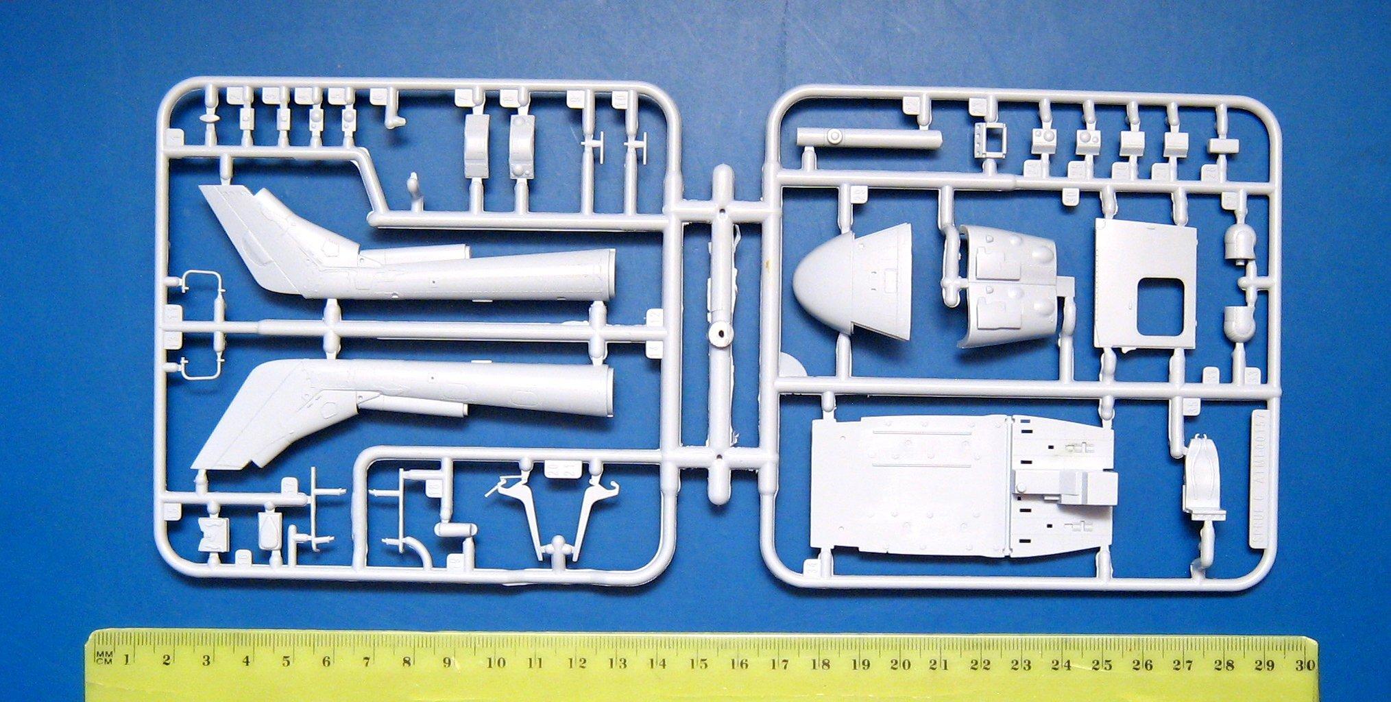 WWP Westland Lynx in detail walkaround reference book No.9