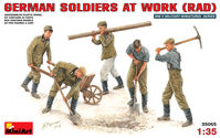 German Soldiers at Work (RAD) - Image 1