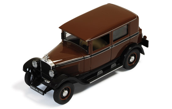 1:43 Ixo Opel 10//40 model 80 1928 brown